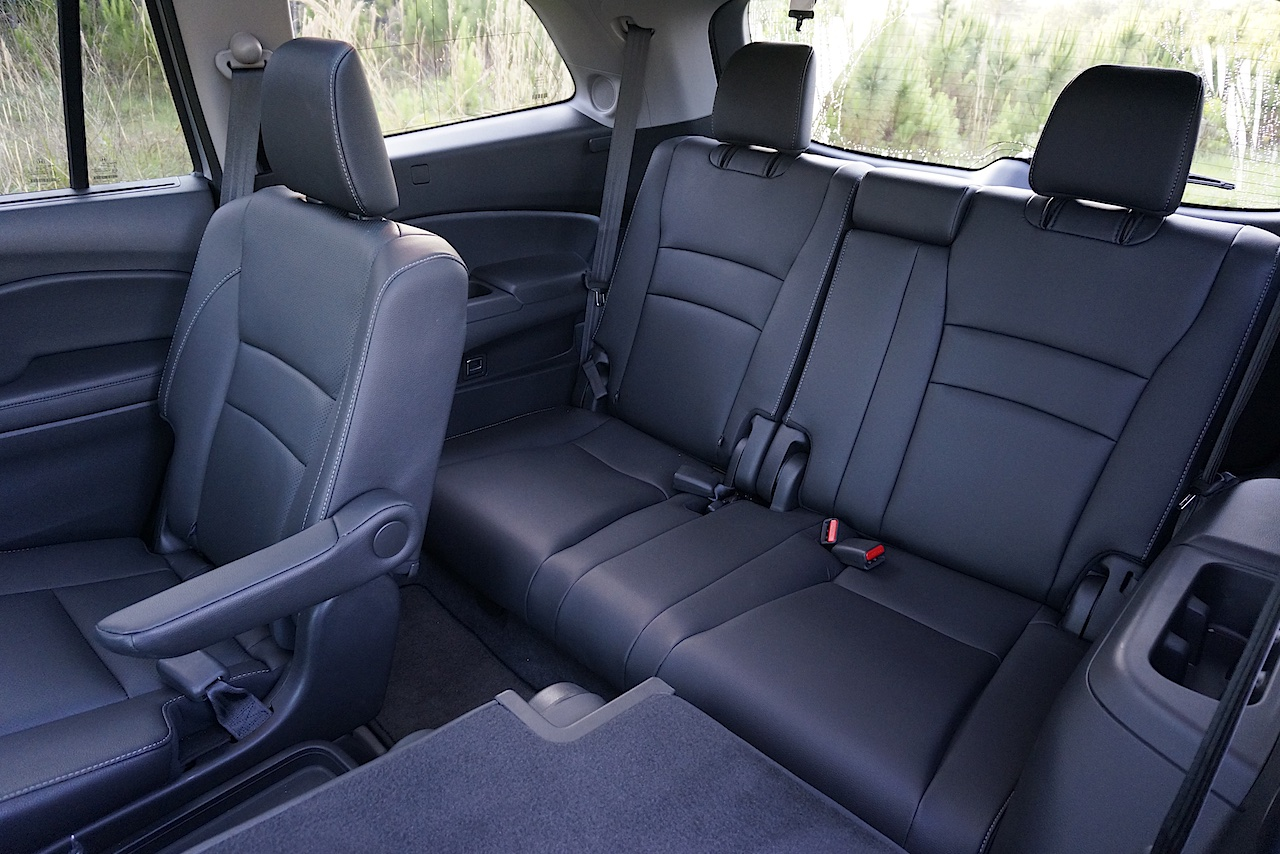 Hybrid Suvs With Captains Chairs.html