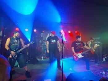 ROCKIN ENGINE / IN HEAT - Brass Monkey, Ottawa (Concert Review)