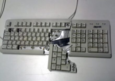 Broken_keyboard