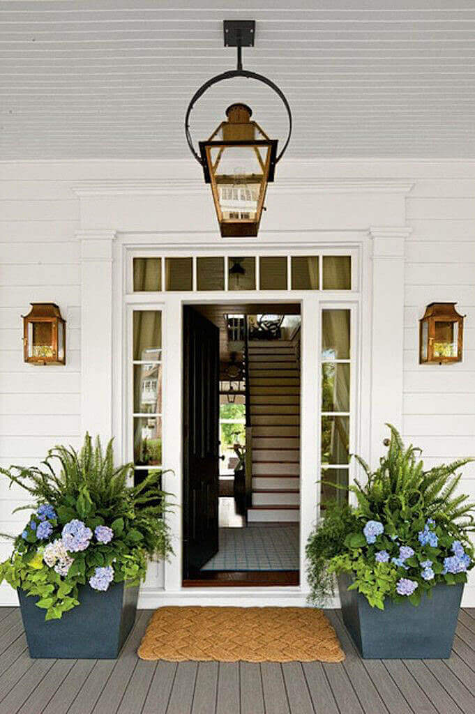 Inspiring front door plants and pots that will add personality to your home.