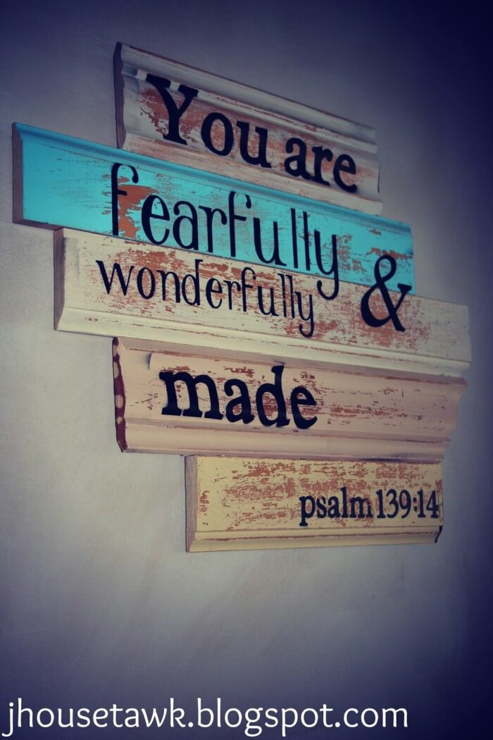 21 Wood Signs Ideas To Add Rustic Glam To Your Decor