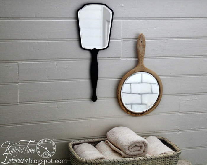 Quick and easy farmhouse bathroom wall decor that will make your space look professionally designed