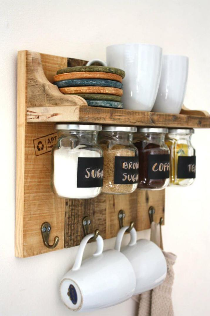 Cheap and Easy coffee college station for creating a little coffee corner that will help you decorate your home. Buffet and Shelves