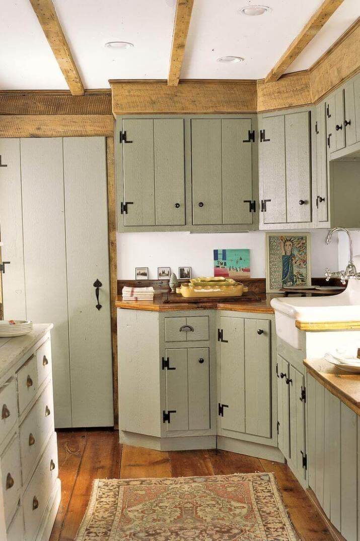 35 Cozy and Chic Rustic Farmhouse Kitchen Cabinet Ideas ... on Farmhouse Rustic Kitchen  id=75814