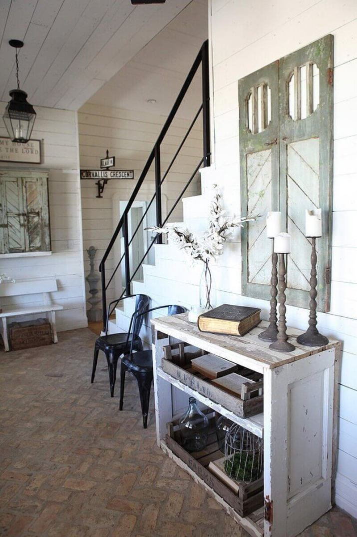 {Farmhouse Decor Inspiration} Stunningly Gorgeous DIY farmhouse interior doors that liven up your home for better a good daily mood and simple to do. We Show You How to Get It!