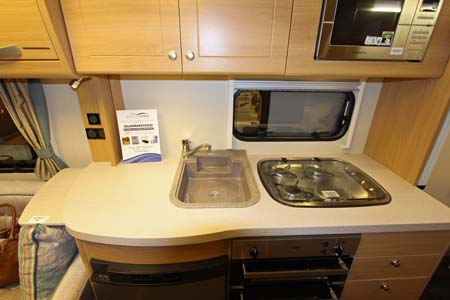 Elddis Compass Rallye 554 Kitchen