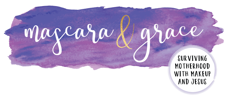 Mascara & Grace Logo