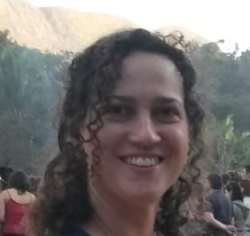 Julia Sonsin Oliveira, Ph.D.