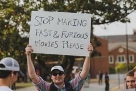 best-damn-photos-protestor-sign-furious