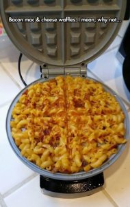 best-damn-photos-bacon-mac-cheese-waffles