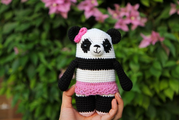 Crochet panda Polly