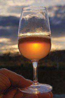 glass of wine - Coup de chapeau...