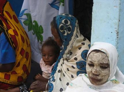 femmes aux Comores