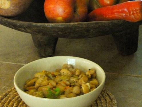 haricots blancs 2 496x372 Cuisson douce dun rôti de porc au flageolet