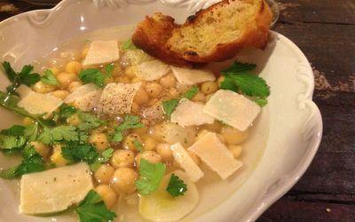 soupe à l'ail et au parmesan