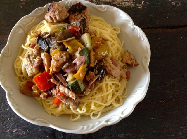 Spaghetti aux 3 viandes, aux légumes et au parmesan