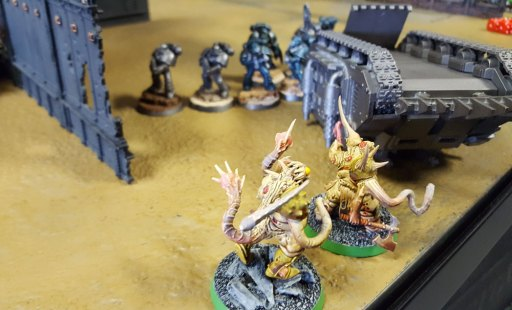 Traitor Legions Battle: Chaos Spawn get shot