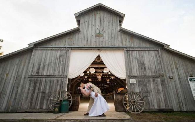 Rustic Wedding Als Florida North Venues Tampa