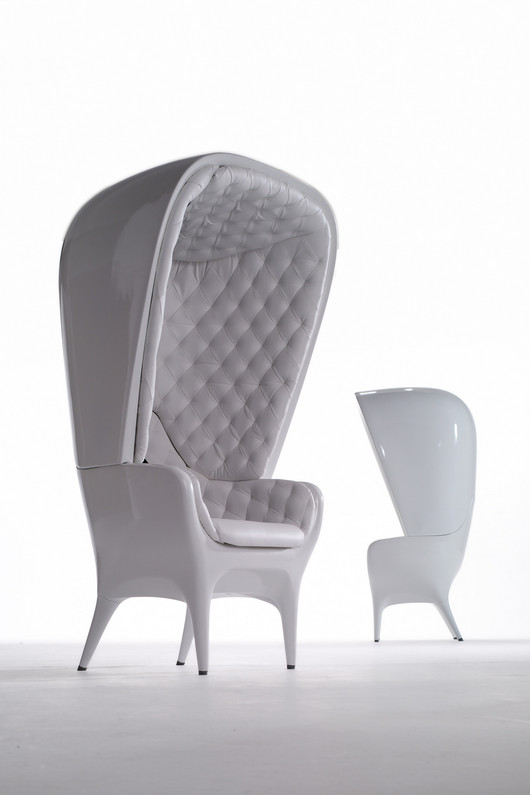 Showtime High Back Chair by Jaime Hayon