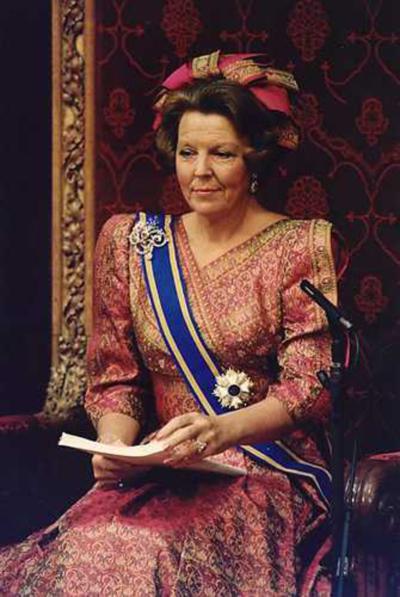 Beatrix-Speech-of-The-Throne--1988