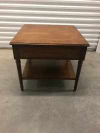 Mid-Century Henredon Side Table | Chairish