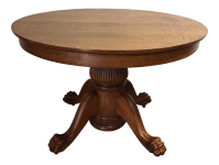 Antique Victorian Tiger Oak Round Dining Table