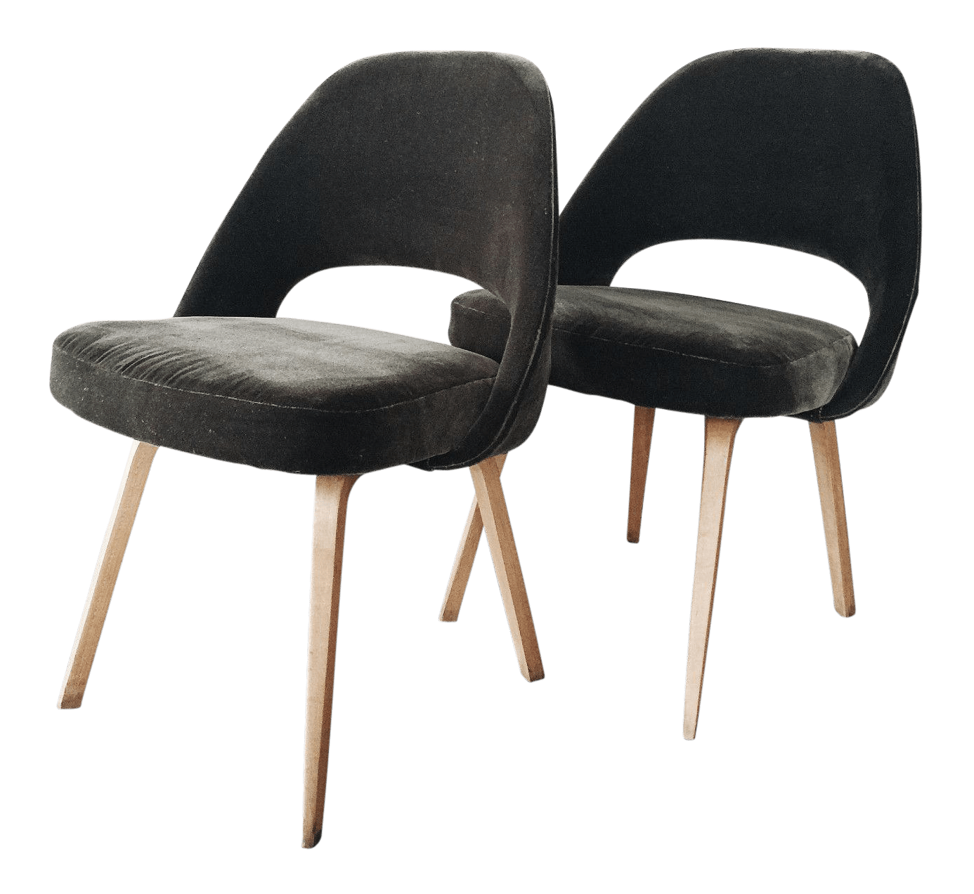 olive green velvet accent chair outdoor folding lounge chairs canada saarinen mid century a pair
