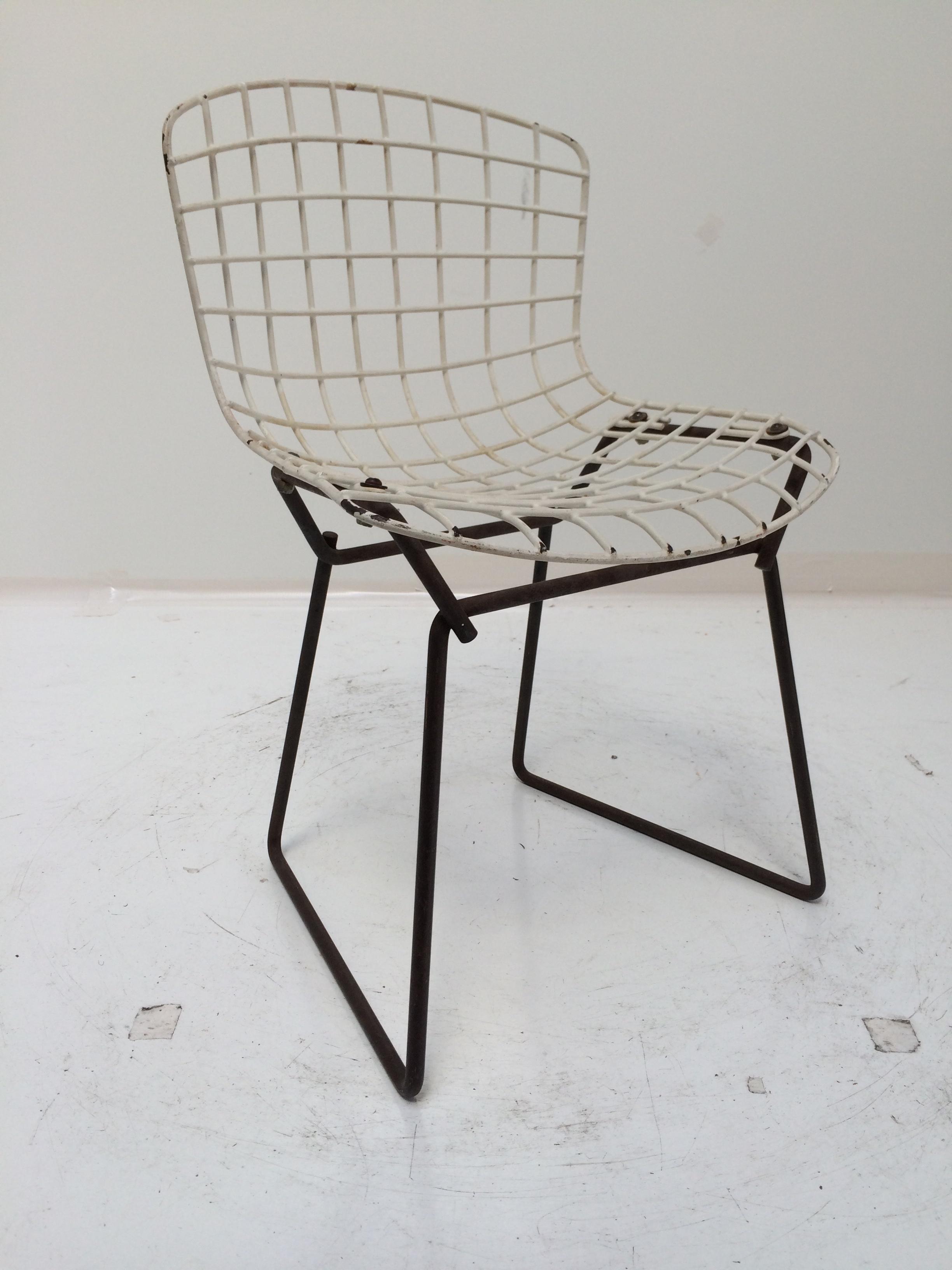 Knoll Bertoia Child Size Chair Black/White