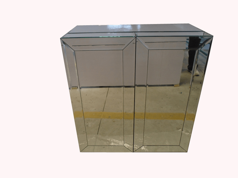 Mirrored Wine Bar Cabinet
