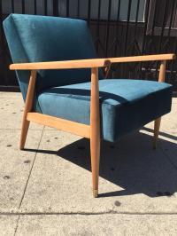Mid-Century Modern Velvet Lounge Chair | Chairish