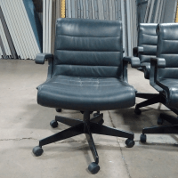 Knoll Sapper Mid Back - Black Leather Office Chair | Chairish