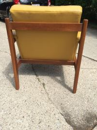 Vintage Mid-Century Modern Paoli Lounge Chair | Chairish