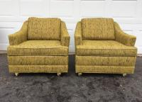 Kroehler Mid-Century Modern Lounge Chairs - A Pair | Chairish