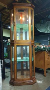 Pulaski Victorian Curio Cabinet Display | Chairish