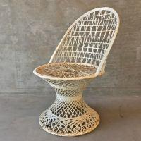 Russell Woodard Spun Fiberglass Chair   Chairish