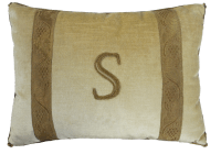 "Initial Pillow ""S"" 