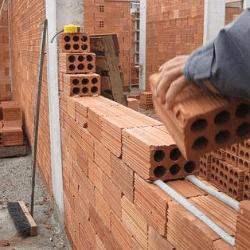 materiais de construção de uma casa de alvenaria