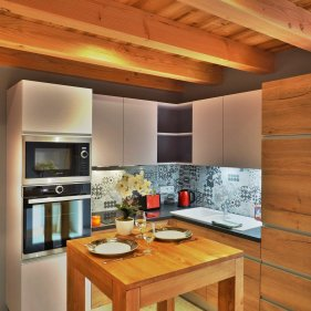 Chalet Arpitan 1a kitchen2
