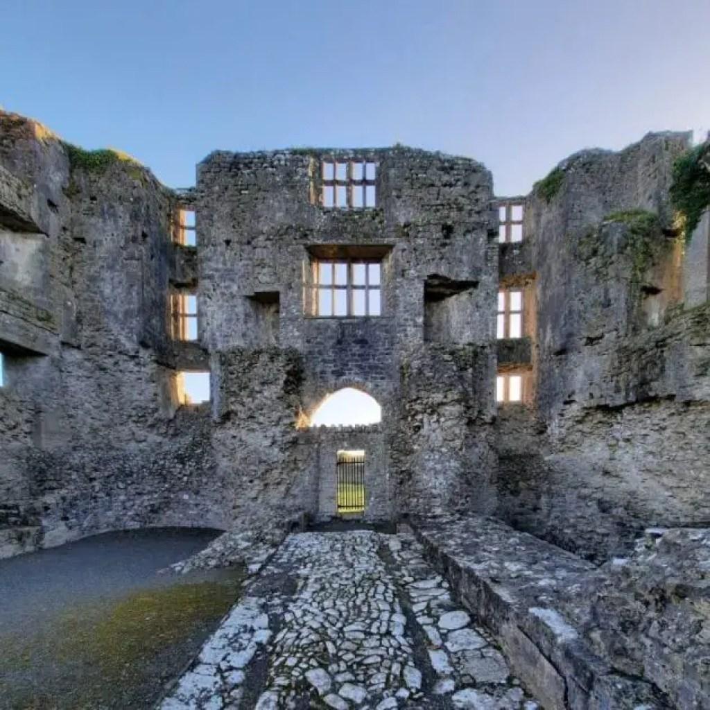 Roscommon Castle ruins