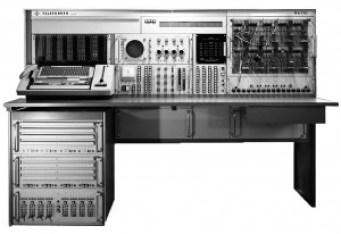 The Telefunken RA 770 analogue computer.