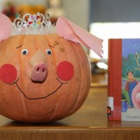 Literary Lanterns: Making Reading Connections with Pumpkins for Halloween