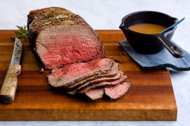 Roast Beef with Tangy Mustard Sauce