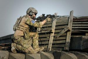 war, desert, guns