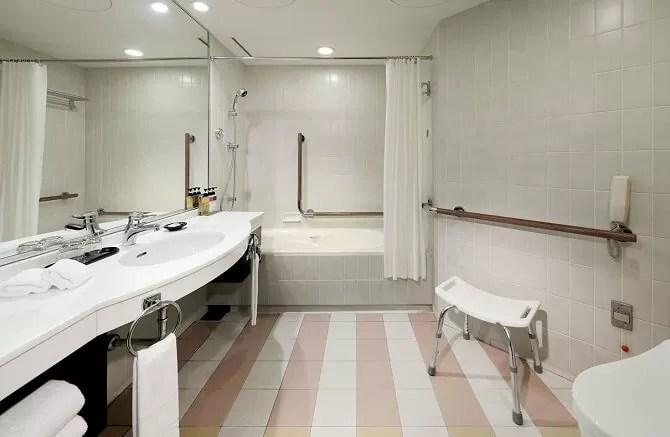【ホテルグランヴィア京都】ユニバーサルルームのバスルーム