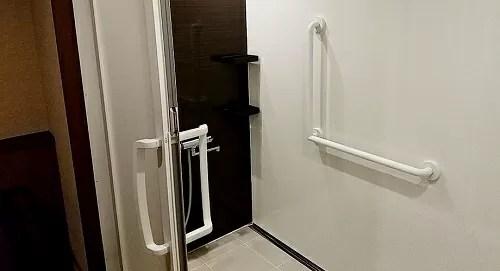 【静寂とまごころの宿 七重八重】バリアフリー対応洋室シャワールーム