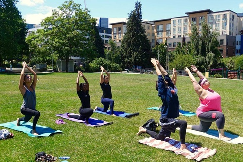 EventPhotoFull_Cascade_Yoga This coming weekend around Lake Union June 16th & 17th 2018