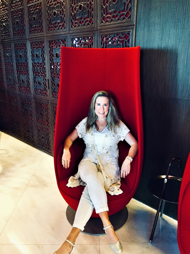 Eileen Callahan Luxury Travel Expert with Champagne Travels in Hong Kong at the Mira Moon Hotel