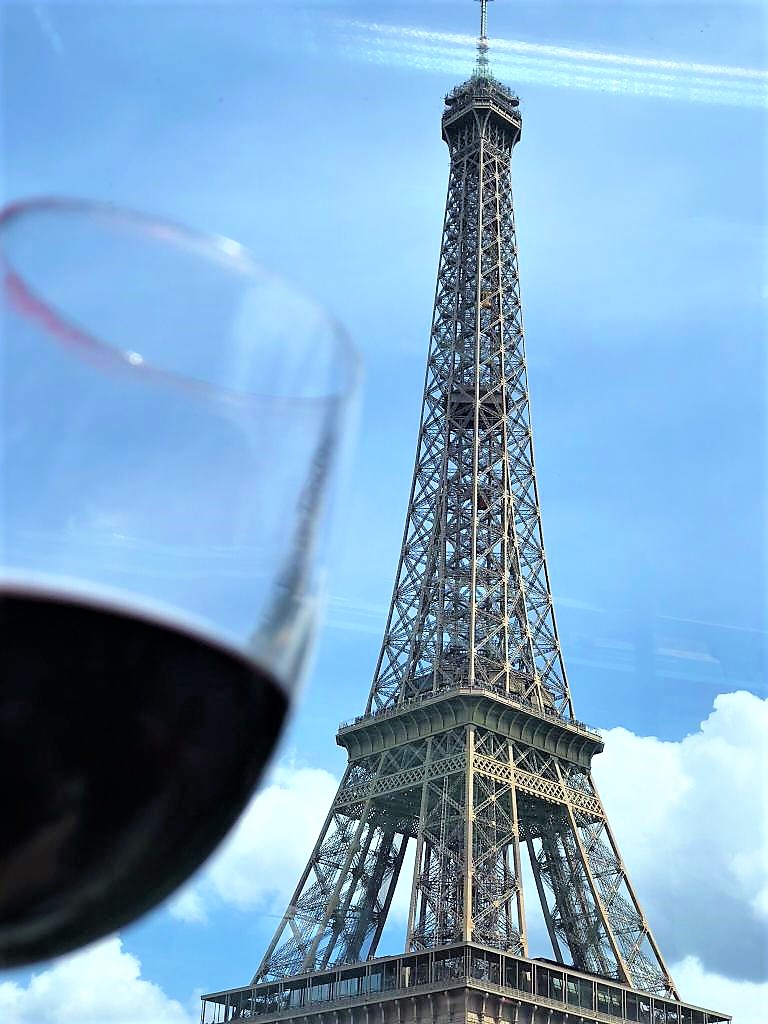 Eileen Callahan of Champagne Travels a luxury travel website in Paris France