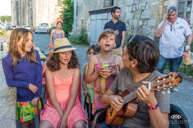 Edwin et ses chanteuses