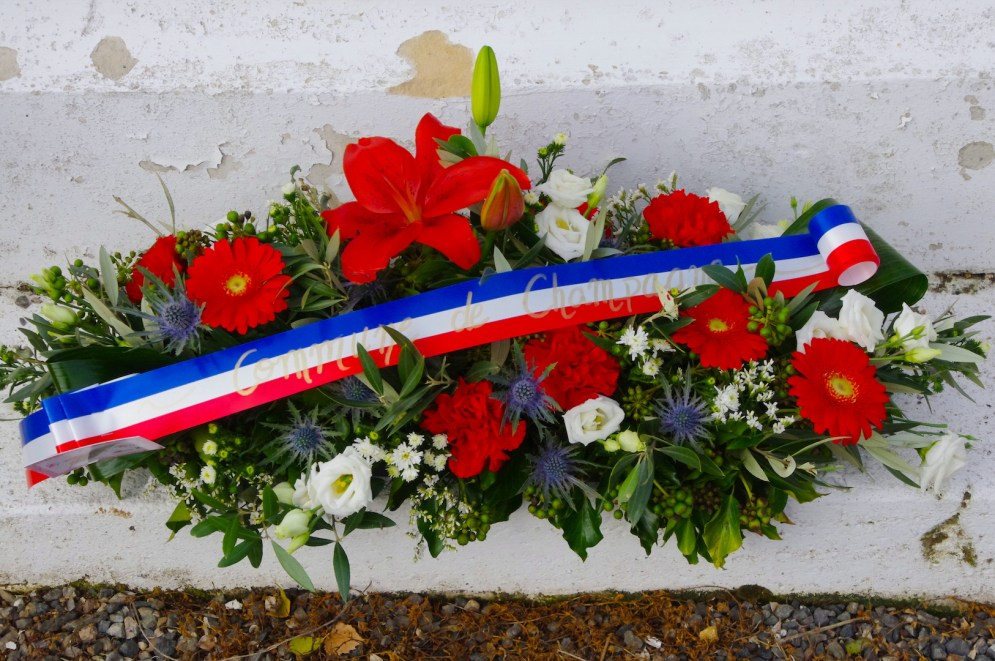 Hommage de Champagne aux morts pour la France.